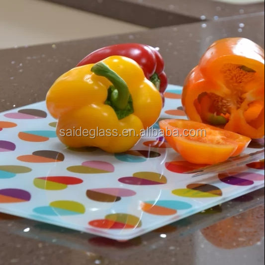 hot sell new desgin function kitchen tempered glass chopping board/worktop saver