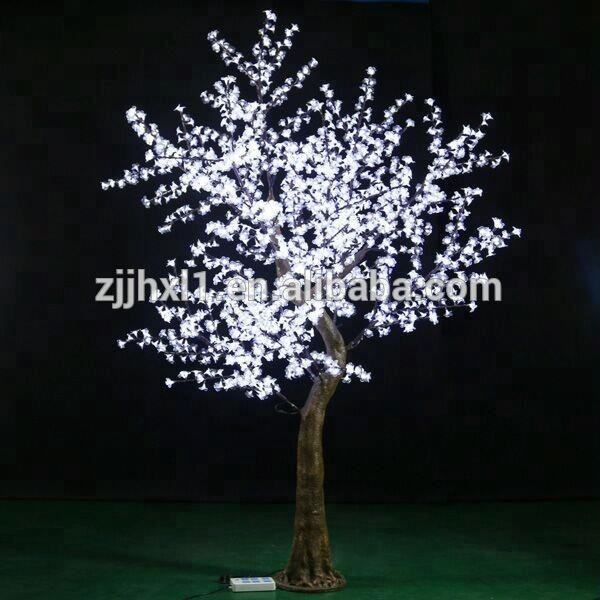2018 New Artificial RGB Outdoor LED White Tree White LED Birch Tree For Shopping Mall Holiday Decoration