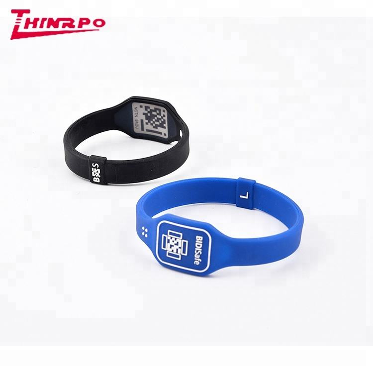 Hot sale Factory direct QR code siliconen band/armband/polsband/rubber band