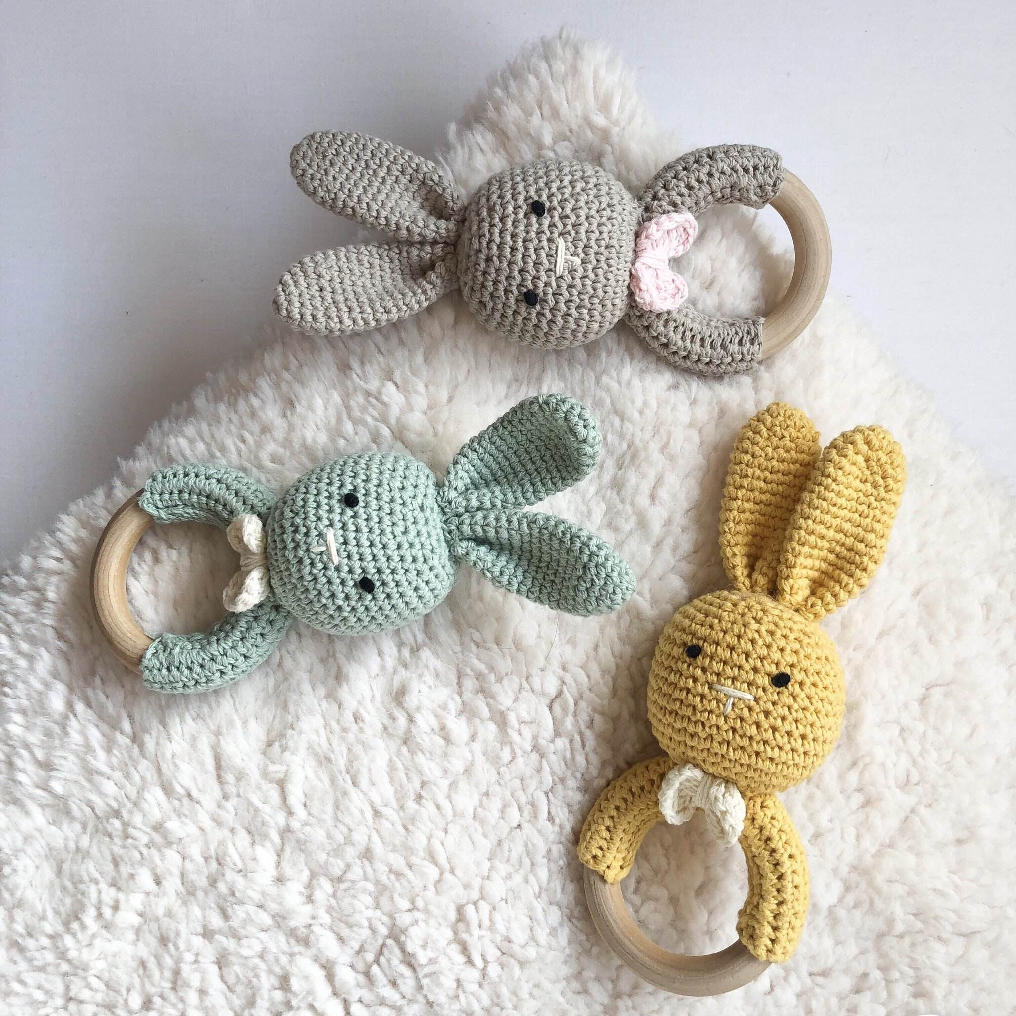 crochet amigurumi teether bracelet baby cotton crochet teething toy handmade wooden bunny teether rattle