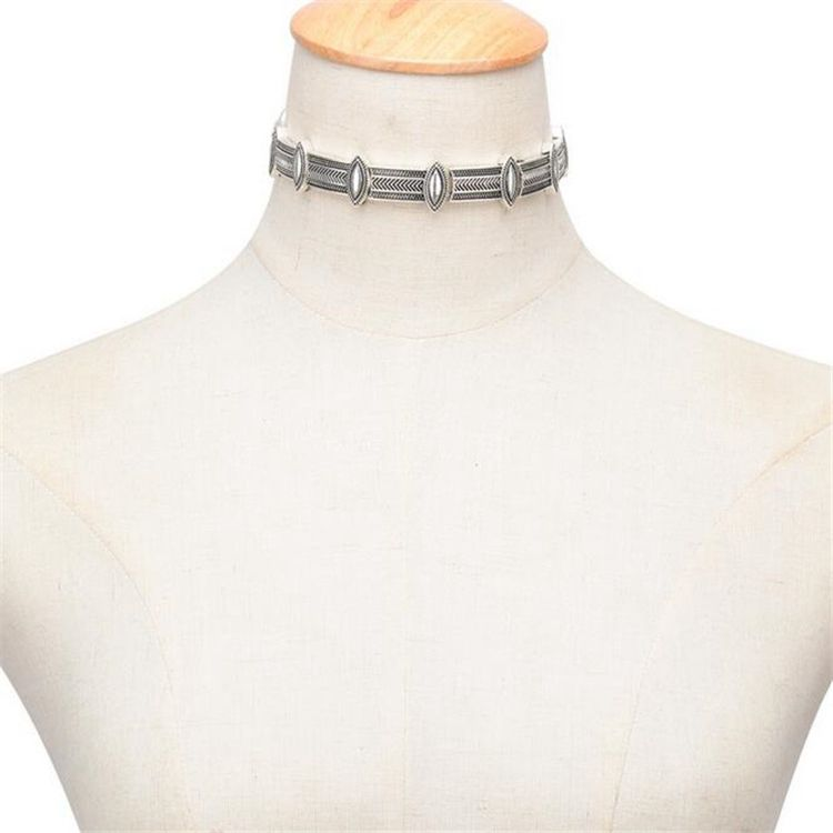 Chokers Necklace Short Necklaces Exaggeration Punk Design Features Glyph Clavicle Chain