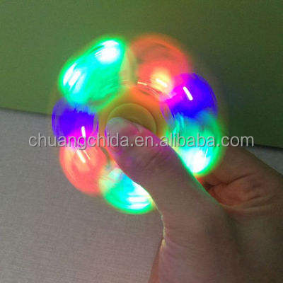 2017 so cool nuovo altoparlante ha condotto la luce di ricarica usb BL spinner agitarsi