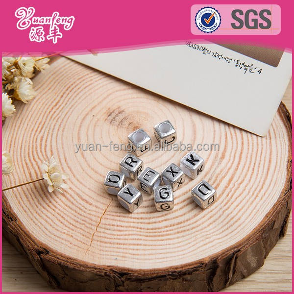 Customized 7mm Cube Silver Color Acrylic Letter Beads