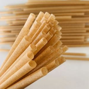 sugarcane straw with 100% compostable natural material