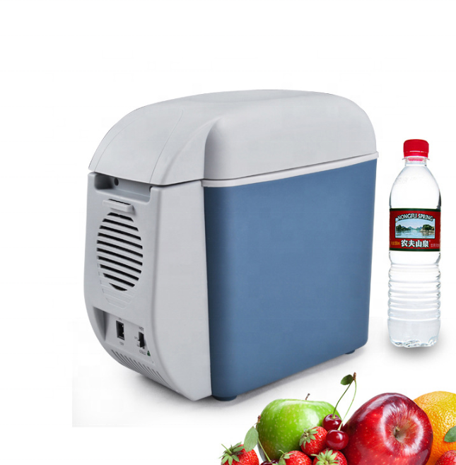 Portable electronic 7.5 L Vehicle refrigerator