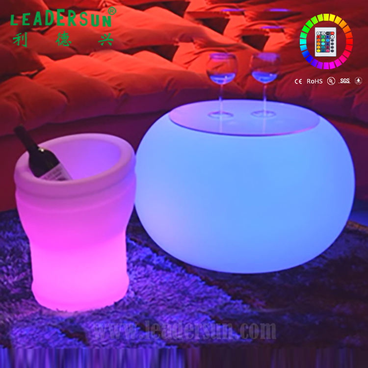 Restaurant or coffee shop waterproof plastic LED round light lamp bar sets table furniture