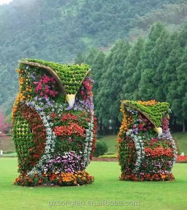 Factory price artificial plant statue new design artificial animal garden grass statue