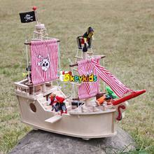 2017 Wholesale baby wooden toy pirate ship & pirate play set funny kids wooden toy pirate ship & pirate play set W03B061-S