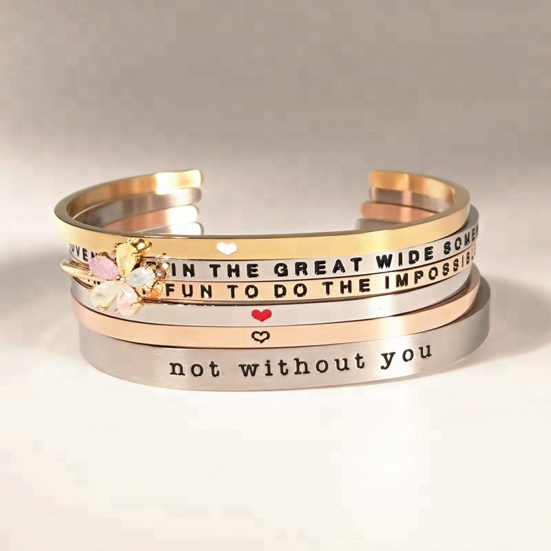Motivatie Mantra Stapelen Religieuze Inspireren Brief Metalen Gegraveerde Inspirational Manchet Custom Bangle Roestvrij Stalen Armband