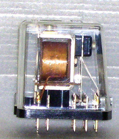 SAFETY RELAY P2HZ//3 24VDC 1A//1R 474361 PILZ ID40642