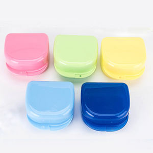 Wholesale Colorful Plastic Denture Storage Box/ Dental Material Retainer Case with Low Price