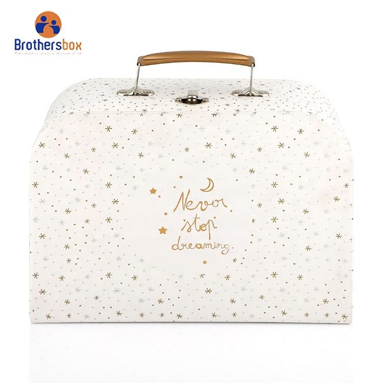 Wedding Favor paper suitcase baby gift packaging box Decorative Suitcase Shaped Gift Cardboard Boxes with handle