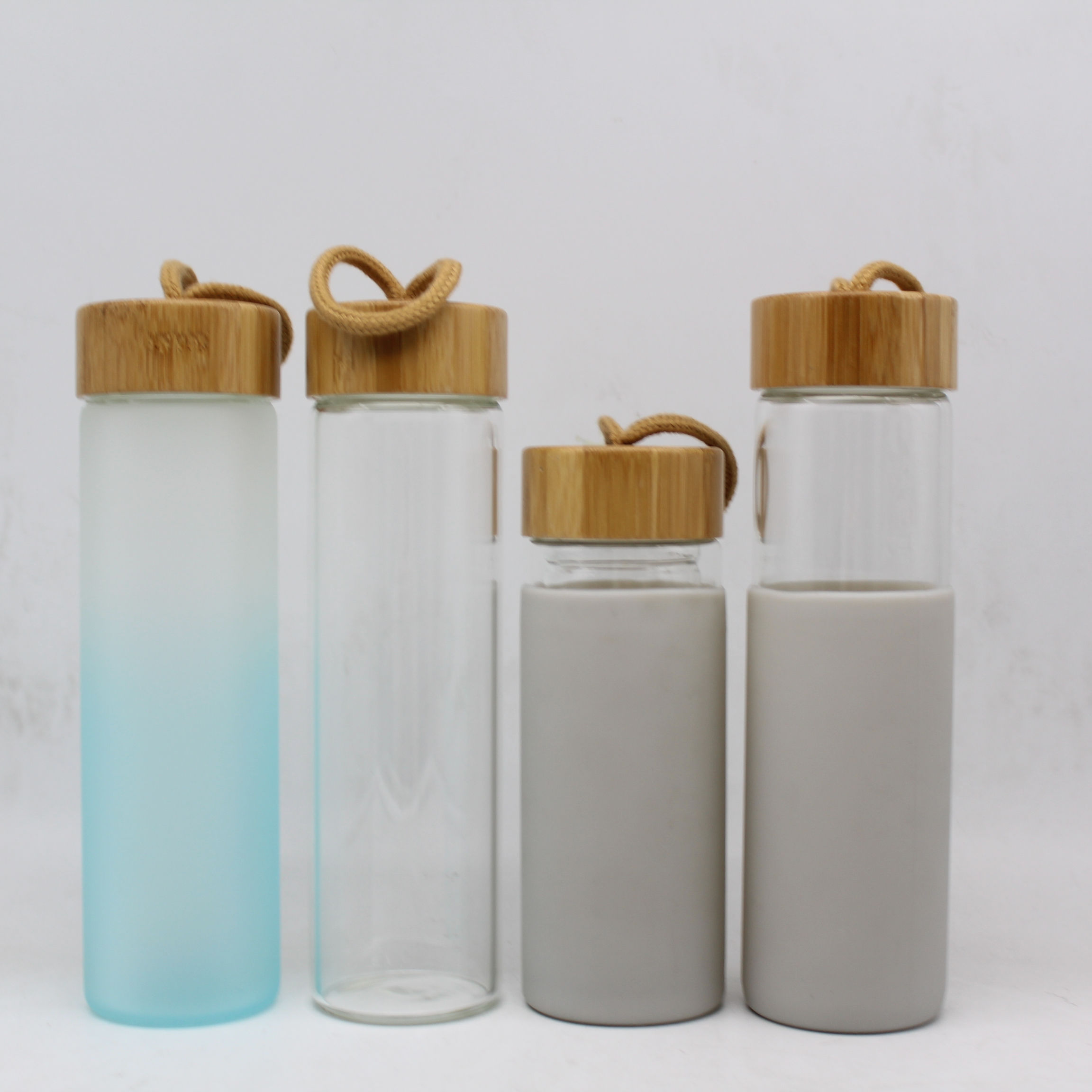 Clear glass bottle with tea and fruit infuser,BPA free leaking proof glass bottle with lid,
