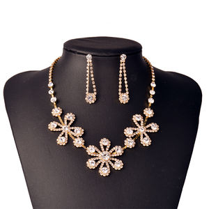 Custom Designs Cubic Zircon Crystal Flower Necklace Earrings Gold Plated Wedding Indian Bridal Dubai African Beads Jewelry
