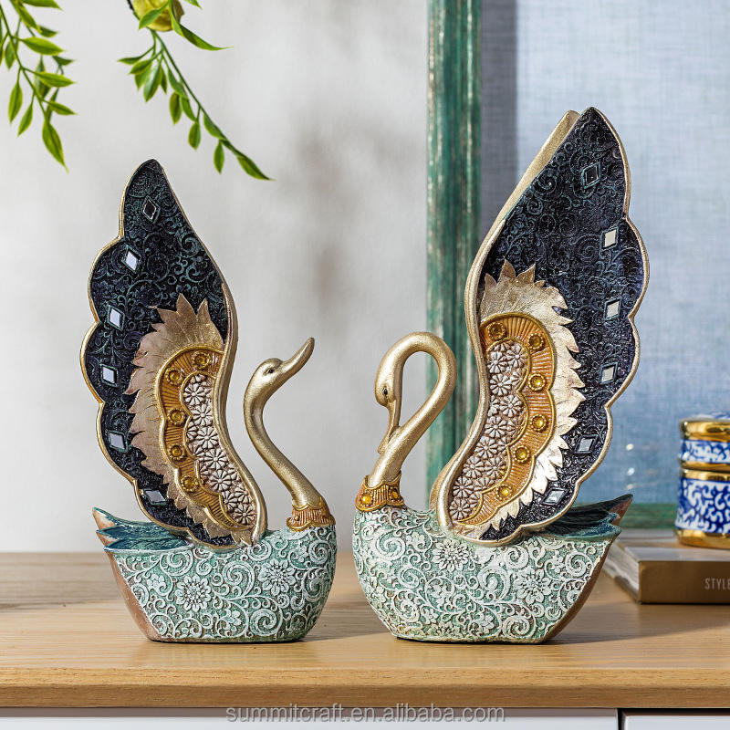 Fancy embossed design resin swan couple decoration set