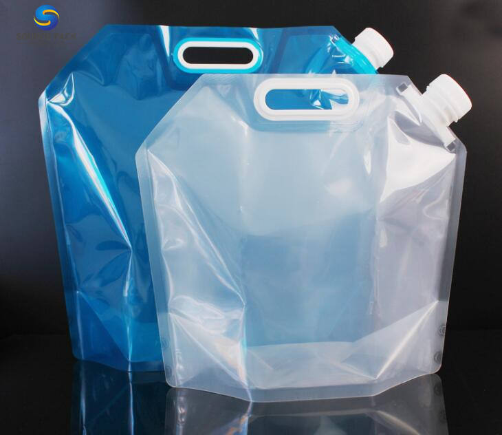wine bag with spout tap