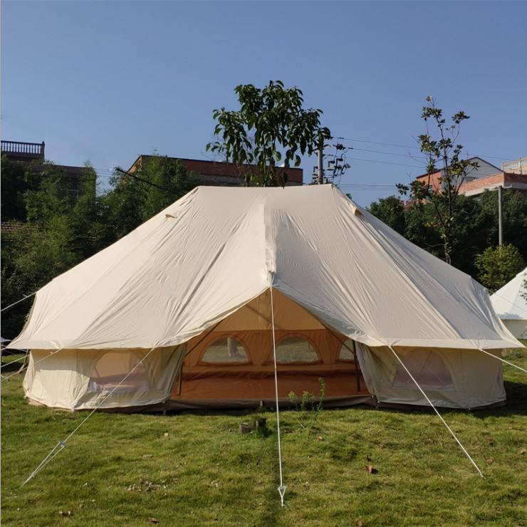 Luxury Heavy Duty Resort Glamping Tent Hotel 6X4M Emperor Bell Tent With Three Doors