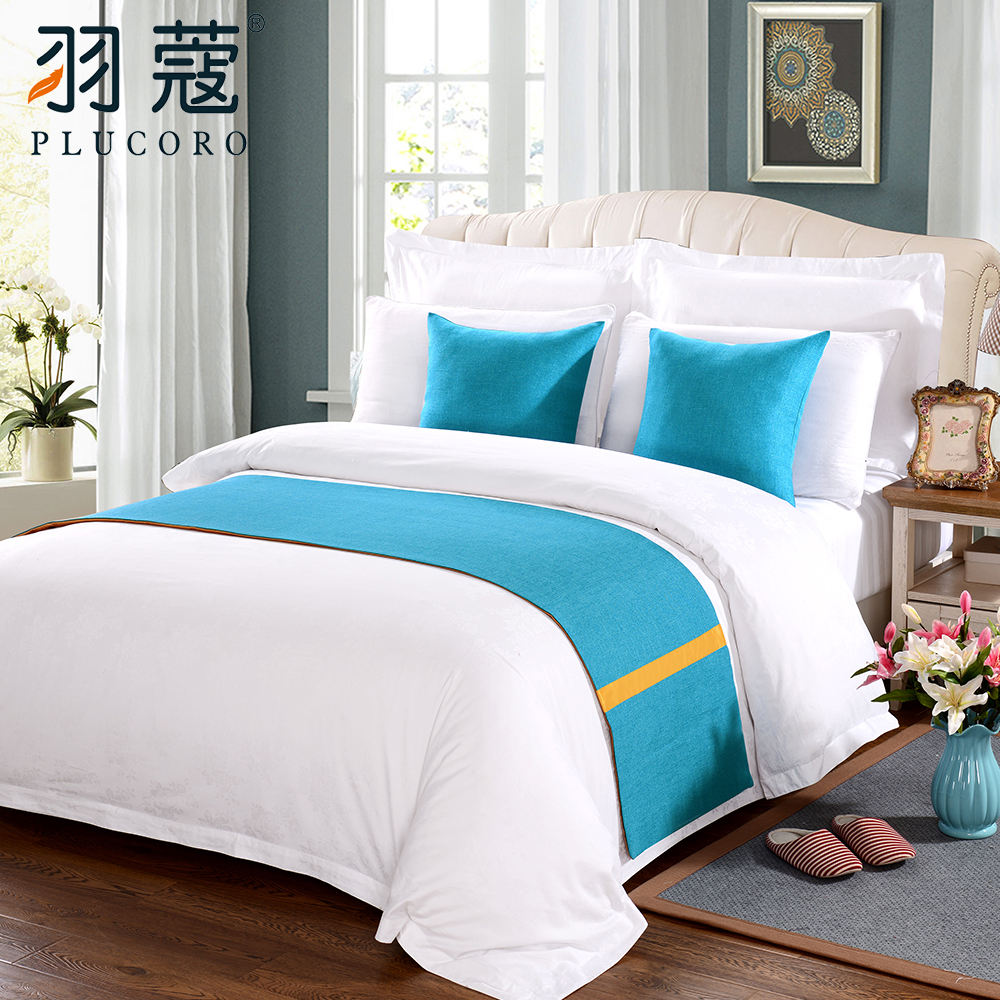 Wholesale Custom Hotel Bed Runner And Cushion Set