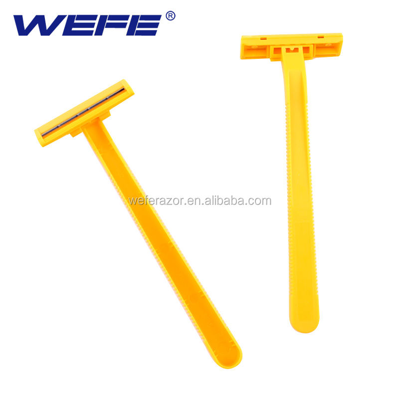Disposable razor twin blade with poly bag packing for the supermarket in USA.