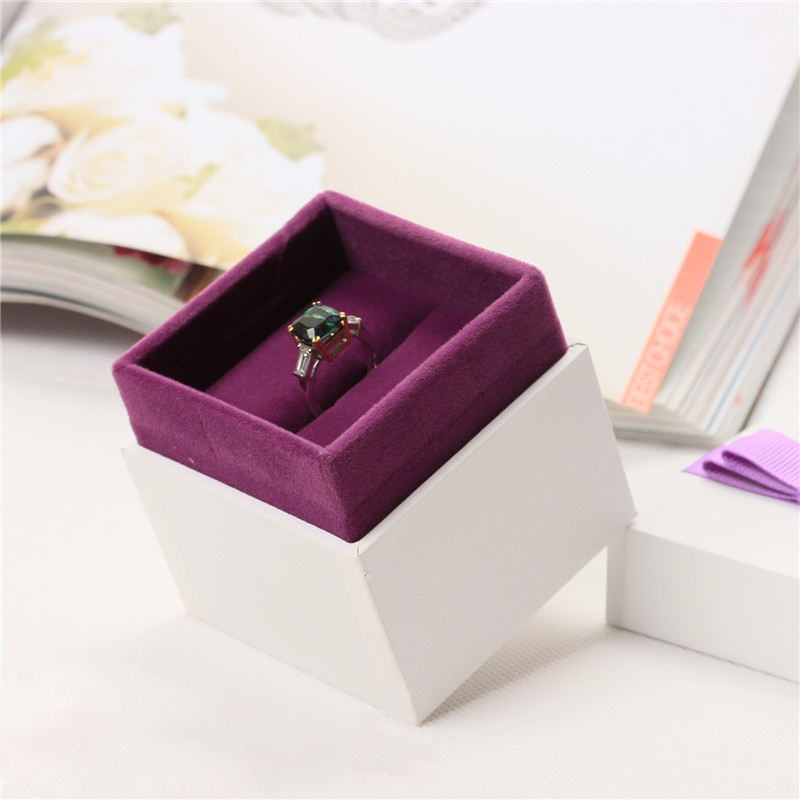 China Manufacturers Wholesale Paper Boxes Ring Custom Gift Jewelry Box