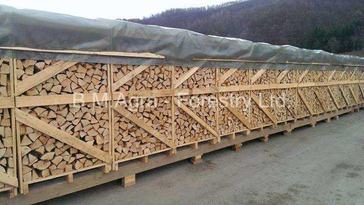 Firewood in Wooden 100/100/180 Box Pallet