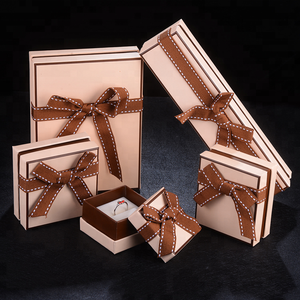 Fancy Design Gift Wedding Favor Cardboard Jewellery Box With Ribbon