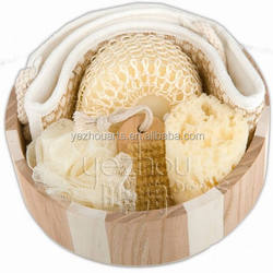 Wooden bucket bath accessories set