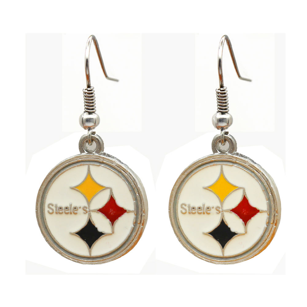 2018 The latest design fashion football team sports earrings Europe and the United States charm fashion earrings