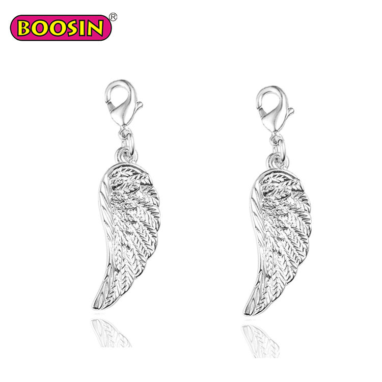 Custom-made lovely fashionable silver angel wings charms metal necklace pendant for men and women