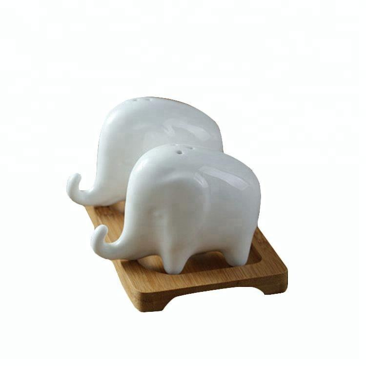 Hotel kitchen tools lovely elephant shape white ceramic salt and pepper shaker set for christmas