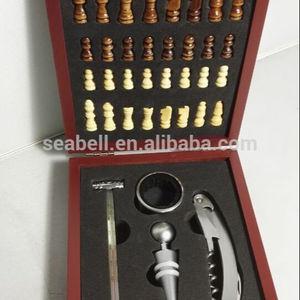 K0428-4W caja de madera con 5 unids bar accesorios y ajedrez