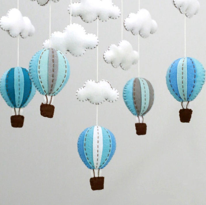 Kids room nursery decor toy wooden arm hanger pastel 3D clouds hot air balloons felt baby crib mobile