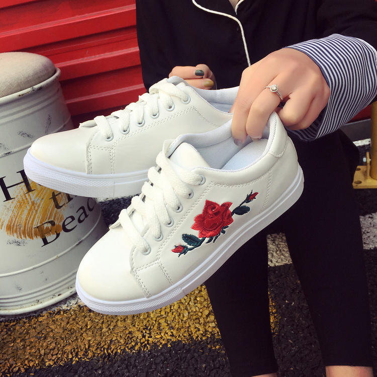 36-40# embroidery flowers women casual shoes