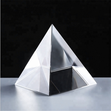 Custom Made Laser Clear Quartz Crystal Glass Pyramid Shaped Paperweight For Souvenir Gifts