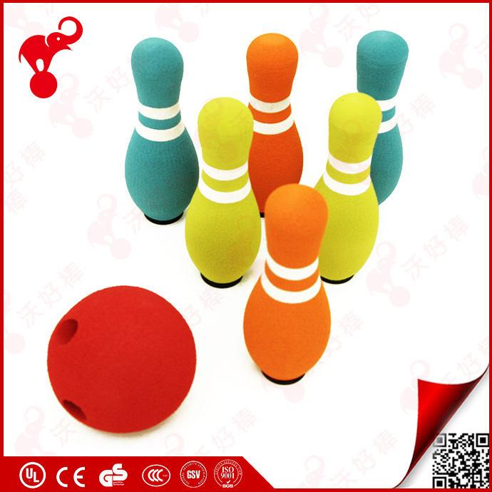 Porcellana OEM fabbrica sport indoor giocattolo schiuma NBR plastica 6/10 pins gigante schiuma <span class=keywords><strong>bowling</strong></span> pins per i bambini