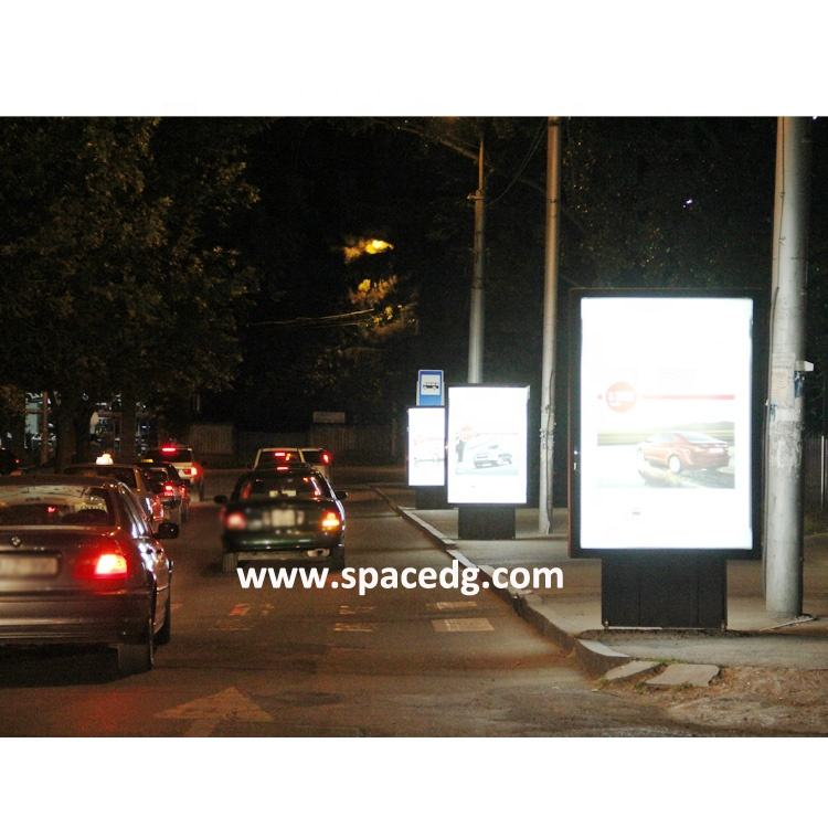 Outdoor High Quality Scrolling, LED, Solar Power Mockups/Mupis/ City ADs Light