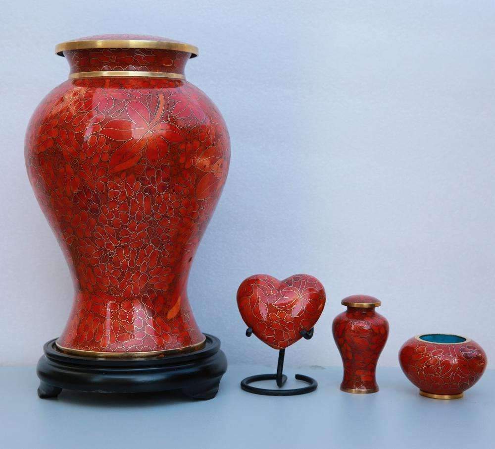 Wholesale China P265 Autumn Grandeur Red Maple Leaves Metal Cloisonne Cremation Funeral Urns for Ashes