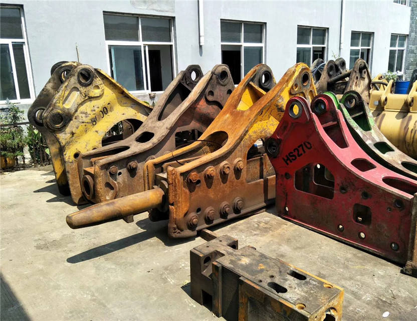 Good condition hydraulic breaker and hard rock hammer used for construction and mining hammer for sale