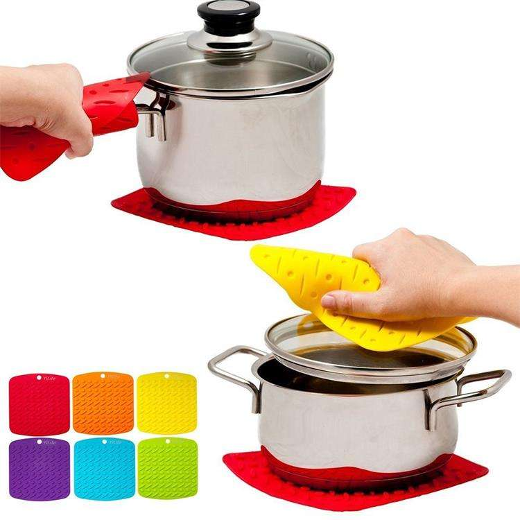 Hot Sales Silicone Square Embossed Silicone Pot Holder / Mat