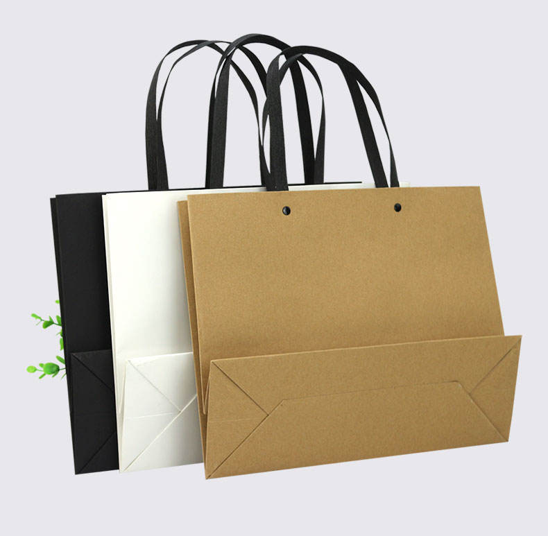 Custom Luxury Bouquet Clothing Shopping Retail Paper Bags With No Minimum
