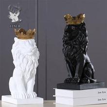 Home indoor decoration beautiful resin animal lion with crown statue