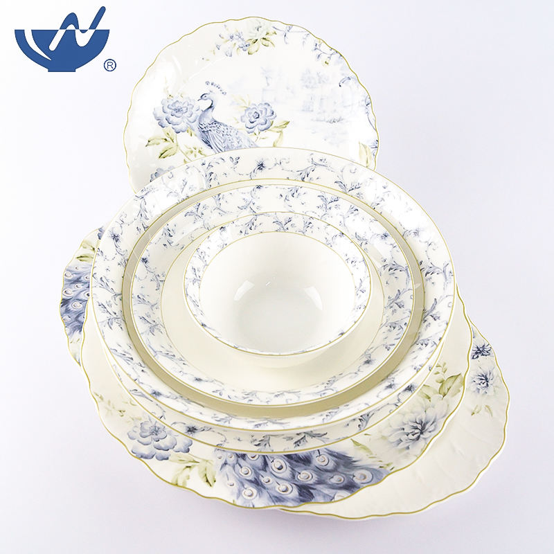 27 pcs Antique Chinese Porcelain Dinner Set with Gold Decal Ceramic Dinnerware Set
