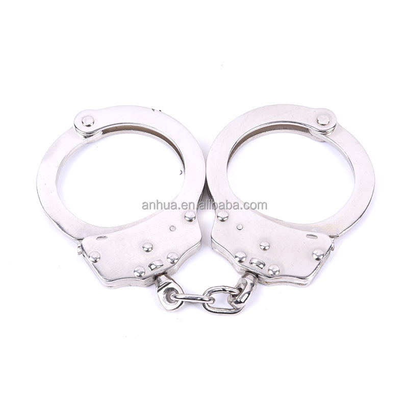 NEW HANDCUFFS CLASSIC SOLID METAL SILVER CHROME POLICE HAND CUFFS 2 KEYS