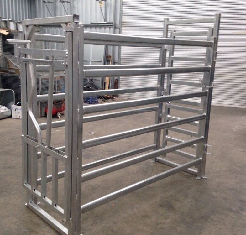PORTABLE galvanized heavy duty portable cattle crush scale