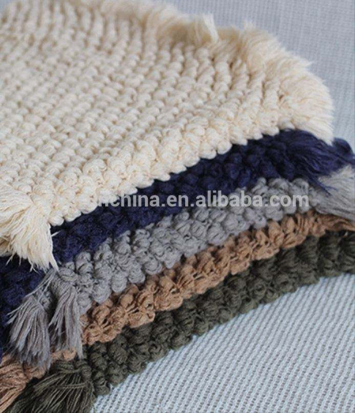 100%acrylic faux cashmere pompon tricot crochet knit throw blanket with fringe