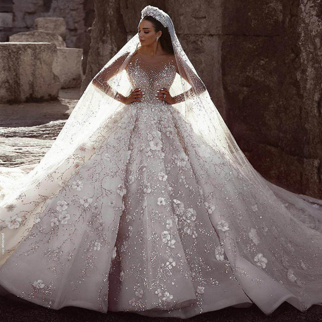 Luxury Crystal luxury Wedding Dresses china Turkey Istanbul Guangzhou Manufacturer Long Tail Ball Gown Wedding Dress For Women