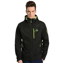 High Quality Winter outdoor trekking windproof Soft Shell jacket