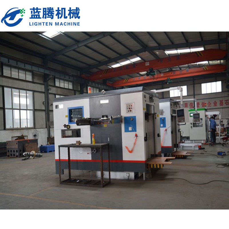 Paperboard Pressed Flat Automatic Die Cutting Machine With Stripping Machine