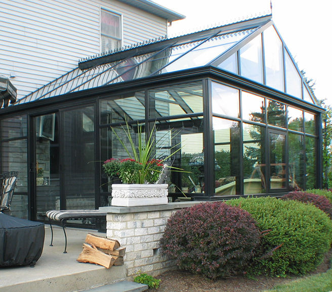Veranda aluminum sunroom with tempered glass