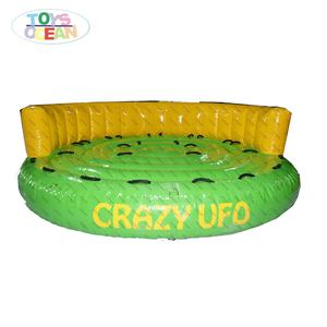 Super Inflatable Crazy Towable น้ำเกมกีฬา Inflatable Snow Tube Crazy UFO น้ำ